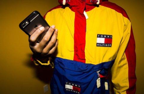 enfntsterribles-fashionmen-90s-fashion-sportswear-tommy-hilfiger.jpg